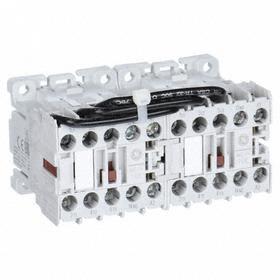 GE Miniature IEC Contactor: 3 Poles, Single/Three Phase, 9 A Current Rating, 120V AC Control Volt, Reversing, Miniature Body