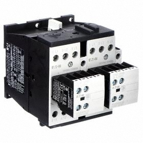 Eaton IEC Magnetic Contactor: 3 Poles, Single/Three Phase, 25 A Current Rating, 120V AC Control Volt, Reversing